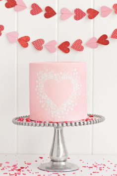Stamped Heart Cake |