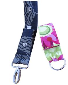 #USB CARRIER FOR YOUR KEYCHAIN -#GIFT USB CARRIER Nicole Mallalieu Design / You SEW Girl! - USB Key Fob