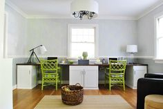 @Jessee Helbert , would this work in the dining room? Dual purpose desk / buffet?