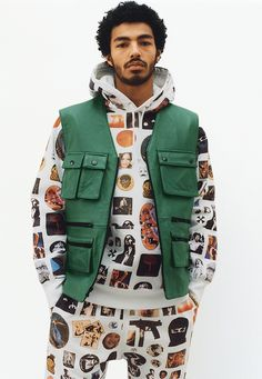 (adsbygoogle = window.adsbygoogle || ).push({}); Supreme Pay Homage To Obama The day hypebeasts' eagerly await over the Christmas break is upon us: Supreme Spring/Summer lookbook day. Featuring a variety of different jackets, coats, shirts, tees and more the lookbook has a rather 90's feel with