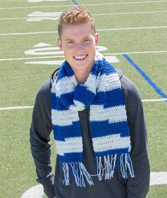 Guy's Game-Day Scarf Free Crochet Pattern in Red Heart Yarns