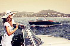 Estilo e sofisticação em Boating da marca J-Craft. Monaco, Classic Style, Cool Style, J Craft, Town And Country, Summer Of Love, Spring Summer, Preppy Style, Strand