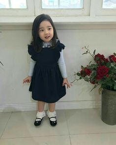 kawaii Bebe 可愛い ღ Cute Asian Babies, Korean Babies, Asian Kids, Cute Babies, Cute Little Baby, Cute Baby Girl, Baby Boys, Kids Girls, Outfits Niños