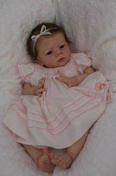 Sprinkles of Fairydust Reborn Girl from the Long sold out Karlotta Kit Reborn Dolls, Reborn Babies, Little Babies, Cute Babies, Earth Baby, Real Life Baby Dolls, Wiedergeborene Babys, Realistic Baby Dolls, Lifelike Dolls