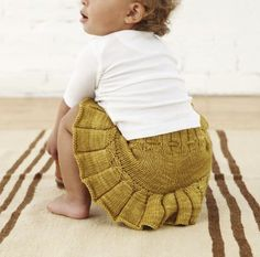 Misha and Puff handknit skirt with matching bloomer - fab!