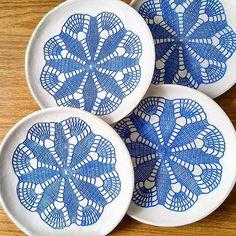 Work in progress, hand painted ceramic plates   #ceramicart #ceramicdesign #mandala #homedecor #decorate #inspire #plates #keramik #ceramicplates #cobaltblue #workinprogress #handpainted #makersgonnamake #lacepottery #laceimpression #декоративныетарелки #керамикаскружевом #керамика #ceralonata