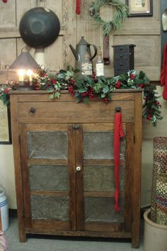 Gatherings for the Home==Primitive Christmas Cupboard. Primitive Christmas, Country Christmas, Christmas Home, Vintage Christmas, Christmas Crafts, Merry Christmas, Christmas Decorations, Xmas, Christmas Vignette