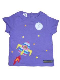 Camiseta personalizada a mano con telas, fieltro y botón. Espai, Espacio, Cohete, Coet