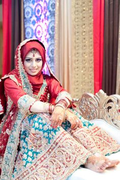 Get the Ideas of 2019 Latest Designs of Muslim Bridal Wedding Dresses in sleeves and hijab. These photos of Islamic wedding dresses for brides are fabulous. Muslim Wedding Dresses, Muslim Brides, Wedding Hijab, Muslim Girls, Bridal Wedding Dresses, Bridal Lenghas, Walima, Muslim Couples, Wedding Outfits