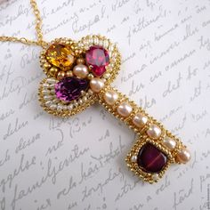 """Купить Кулон """"Ключ Королевы"""" с жемчугом и кристаллами Swarovski - украшение ключик, бижутерия ручной работы"""