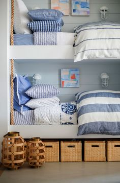 Bunk beds with blue decor in the beach house Home Bedroom, Kids Bedroom, Bedroom Decor, Nautical Bedroom, Lake House Bedrooms, Bedroom Ideas, Bunk Bed Decor, Beach House Bedroom, Arranging Bedroom Furniture