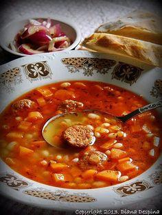 Ciorba de fasole uscata cu carnati afumati - MyBisque Supe, Chana Masala, Food Ideas, Ethnic Recipes, Salads