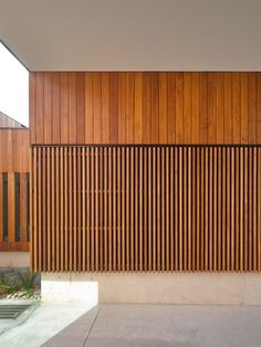 Pack Discount A Grade Siberian Larch Square Edge Cladding Fencing Battens 45mm Thick 6616921 Wooden Cladding Exterior, Larch Cladding, Timber Battens, Timber Screens, Timber Panelling, Wall Exterior, Wood Slats, Wood Paneling, Timber Feature Wall