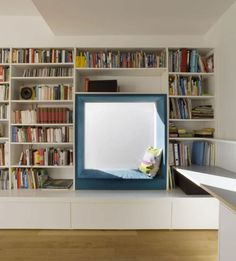 10 Reading Nooks Perfect For Curling Up In // A padded window seat surround makes this nook a cozy place to relax and read. Home Library Design, Interior, Home, Home Libraries, Contemporary Family Rooms, Reading Nook, Interior Design, Residential Interior, Cozy Place
