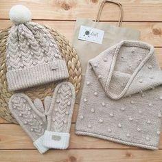New Crochet Mittens Cable Yarns Ideas Bonnet Crochet, Crochet Cap, Crochet Mittens, Knitted Hats, Sweater Knitting Patterns, Knitting Stitches, Hand Knitting, Baby Mittens, Knitting Accessories