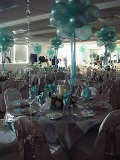 Balloon bunches with ribbon