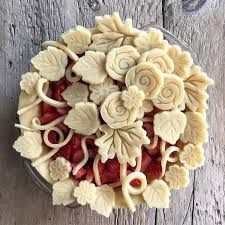 Image result for decorative pie crusts