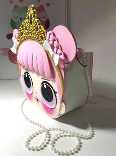 Fotos de Cris Silva Foam Crafts, Diy And Crafts, Paper Crafts, Doll Party, Valentine Box, Lol Dolls, Felt Toys, Minnie, Diy Doll