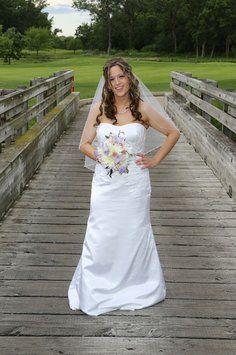 Lioness wedding dress lioness wedding dress on tradesy weddings catherine wedding dress recycled bridewedding junglespirit Gallery