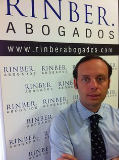 "RINBER ABOGADOS Málaga, ""... Personas que explican el Derecho a Personas… "", Conocimiento del Derecho, cercanía y claridad, son nuestros valores. Nuestro objetivo, que nuestros clientes conozcan la realidad de su expediente y su viabilidad, El grupo Laughing, Goal, Lawyers, News, People, Law, Knowledge, Group"