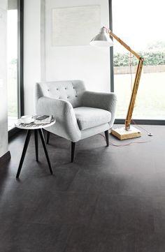 Je vloer heeft de uitstraling van natuursteen maar alle kwaliteiten van slijtvaste kurktegels. #vloer #kurk #tegelvloer