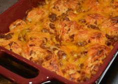 Sloppy Joe Bubble Up Casserole- The Cookin' Chicks Chicke Recipes, Beef Recipes, Cooking Recipes, Hamburger Recipes, Sloppy Joe Casserole, Beef Casserole, Ground Turkey Recipes, Beef Dishes, Main Meals