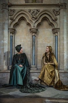 The White Princess - Margaret Beaufort and Cecily of York Game Of Thrones Locations, Hbo Game Of Thrones, The White Princess, White Queen, Renaissance, Wars Of The Roses, Baroque Fashion, Women's Fashion, Period Dramas
