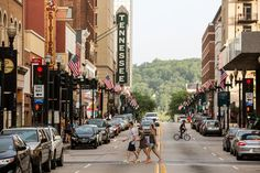 A $50 Day in Knoxville, Tennessee - The New York Times - by Seth Kugel, 2 July 2015