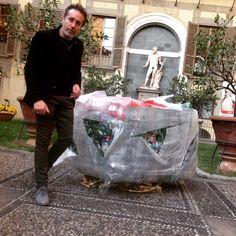 Magnifica Location... Fino al 20 marzo... Plastic Food a Palazzo Medici Riccardi  @Ecodallecitta @2EWWR @EnviInfo @eHabitatit @menorifiuti http://www.pressitalia.net/plastic-food-abbraccia-larte-fiorentina/