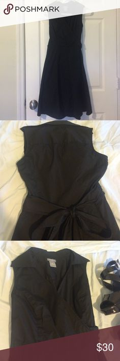 Ann Taylor Sleeveless Dress 🎉Sale Solid black sleeveless mid length dress. Ties in back. Only worn once of twice. Very nice alone or with a cardigan. Excellent condition. Cotton/spandex. 🎉Sale through Monday!🎉 Ann Taylor Dresses Midi