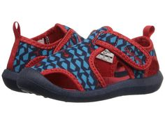 Boat Shoes For Kids - Our picks to keep your kids cool and comfortable while out on the boat. Kid Shoes, Boat Shoes, Us Sailors, Kids Boat, Water Shoes For Kids, Classic Names, Shoes 2016, Preppy Girl, Young Ones