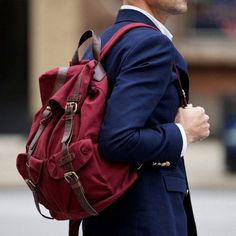 Picture Of fashionable grown up men backpacks to get inspired  15