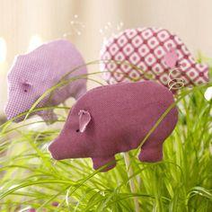 Silvesterdeko - Glücksklee, Schweinchen und Konfetti