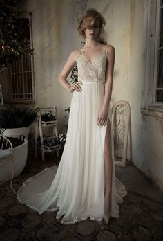 wanna get married again just so i can have this dress!!!  LIHI HOD