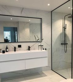 Modern Scandinavian Bathroom Interior In White - Minimalist bathroom - Bathroom Decor Modern Bathroom Design, Bathroom Interior Design, Bathroom Designs, Bathroom Ideas, Family Bathroom, Modern Design, Bathroom Storage, Bathroom Organization, Bathroom Cabinets