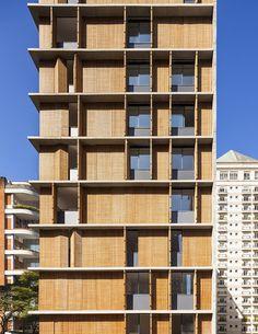 Edificio Vitacon Itaim / Studio MK27 - Marcio Kogan + Carolina Castroviejo - Resdidential Building - Concrete Structure - Wood Brise Soleil -
