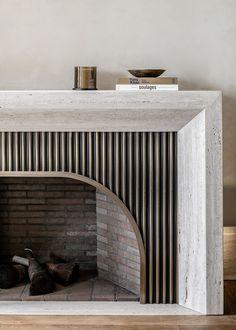Modern Fireplace Mantles, Modern Mantle, Home Fireplace, Fireplace Design, Fireplaces, Fireplace Kitchen, Interior Exterior, Interior Architecture, Kitchen Interior