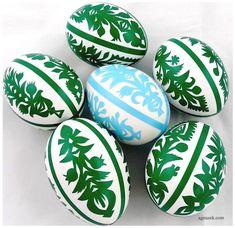 AGNUSEK - Danuta Sroka - Pisanki drapane, batikowe, wycinanki i inne Doodle Art, Easter Eggs, Doodles, Hand Painted, Projects, Diy, Polish, Match Boxes, Log Projects