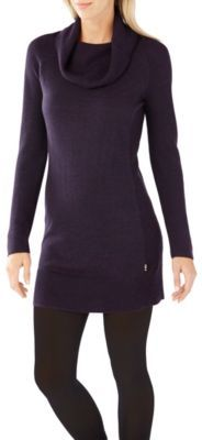 With a cowl collar and form fit, our Merino wool dress looks great and feels even better