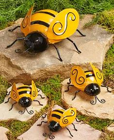 The Lakeside Collection Decorative Metal Bumble Bee Garden Accents - Lawn Ornaments - Set of 4 Ladybug Garden, Garden Bugs, Garden Art, Garden Design, Garden Stakes, Garden Trellis, Garden Gnomes, Garden Soil, Lady Bug