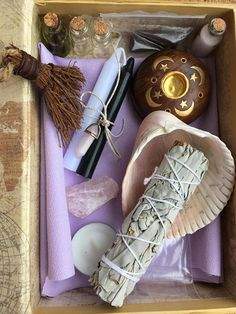 Travel Meditation / Altar kit with Rose Quartz Crystal. Witch Alter, Kit Rose, Baby Witch, Mini Candles, Witch Aesthetic, Smudge Sticks, Book Of Shadows, Witchcraft, Magick