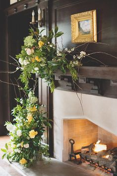 Fireplace goals for a New Year's Eve wedding venue! www.magnoliarouge.com