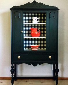 Feisty Farmhouse Style Cabinet Charming Farmhouse Style Cabinet – Second Chance Studios Refurbished Furniture, Farmhouse Furniture, Paint Furniture, Repurposed Furniture, Furniture Projects, Furniture Makeover, Vintage Furniture, Cool Furniture, Country Furniture