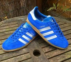 A wonderful pair of Adidas Torino made in Yugoslavia Adidas Og, Adidas Retro, Vintage Adidas, Blue Adidas, Adidas Sneakers, Cute Sneakers, Cute Shoes, Football Casuals, Sneakers Fashion