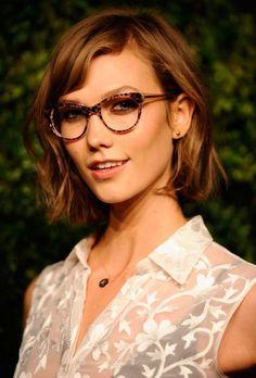 Maquiagem pra quem usa óculos !