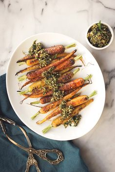 Post image for Charred Carrots With Carrot Top Pesto