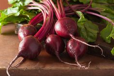 Pin for Later: 10 Foods That Help Detoxify the Body Beets Fiber in beets help increase the production of antioxidant enzymes in the liver, which help the liver and gallbladder eliminate bile from the body.