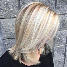 60 Fun and Flattering Medium Hairstyles for Women - Shoulder-Length Blonde Hairstyle - Blonde Bob Hairstyles, Hairstyles Haircuts, Straight Hairstyles, Braided Hairstyles, Wedding Hairstyles, Middle Hairstyles, Updo Hairstyle, Hairstyle Ideas, Shoulder Length Hair Blonde
