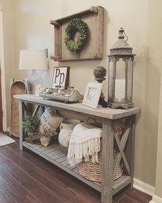Diy Home Decor Rustic, Rustic Entryway, Entryway Ideas, Rustic Bench, Country Decor, Entryway Console, Rustic Wood, Rustic Modern, Rustic Shelves