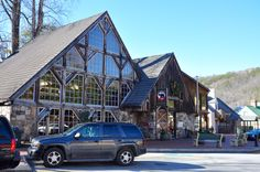 Smoky Mountain Brewery & Restaurant in Gatlinburg